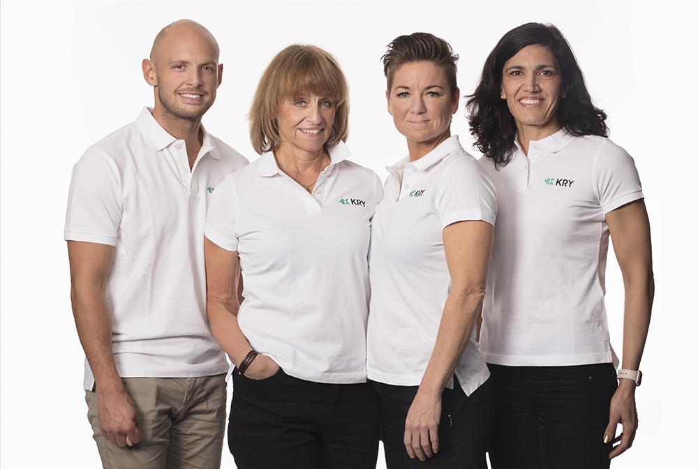 Delar av KRY:s kvalitetsteam, från vänster: Joakim Röstlund, MAL och specialist i allmänmedicin, Annette Alaeus, specialist i infektionsmedicin, Maria Christoffersson, patientsäkerhetsansvarig och Nasim Farrokhnia, forsknings- och utbildningschef.